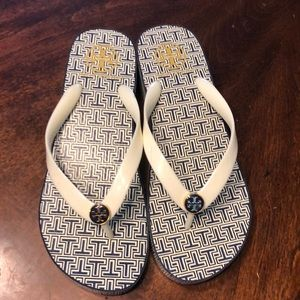 Awesome Tory Burch sandals
